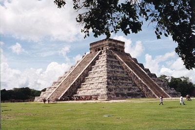 Mayapyramide